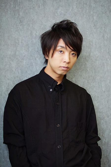 黒シャツを着ている落合陽一