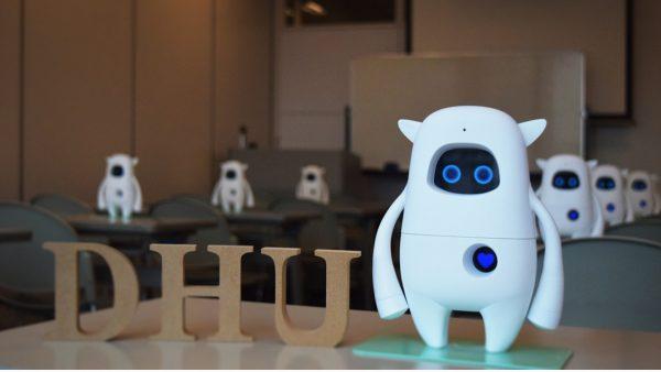 デジタルハリウッド大学×米AKA社によるAIを活用したクリエイター向け英語教育の産学連携プロジェクトを始動